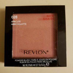 10/$16 Revlon Powder Blush #028 apricute